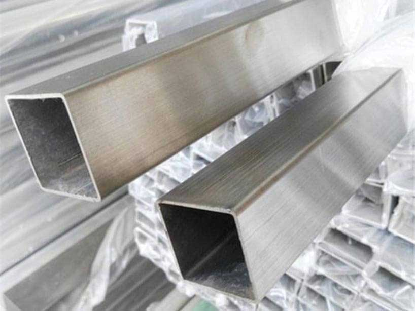 Stainless Steel 304/304L Square Pipes/Tubes in Mumbai India